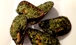 Mussels with Herb Butter