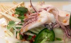 Spicy Thai Green Papaya Salad with Squids