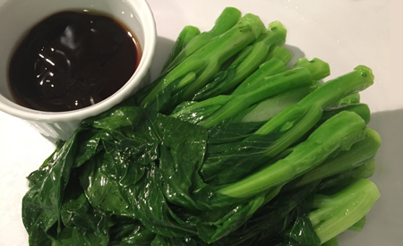 Choi Sum, Chinese Mustard Green with Oyster Sauce 蠔油菜心
